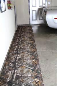 realtree camo 29 quot w x 9 l garage floor runner mat