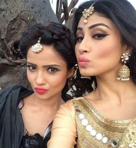 nagin actress pic selfie of two icchadari naagin shesha with shivanya
