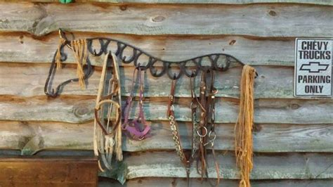Western Garden Decor 1000 Images About Outdoor Western Decor On Pinterest Sculpture Saddle Swing And