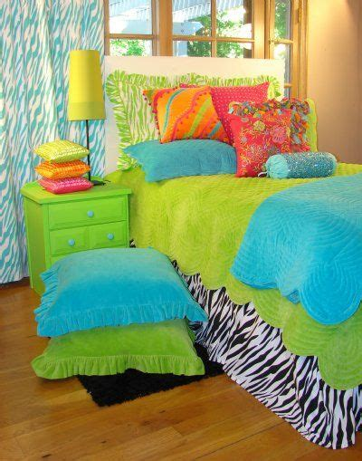 decorating with lime green accents megan morris way cool teen tween bedding collection sweet and sour