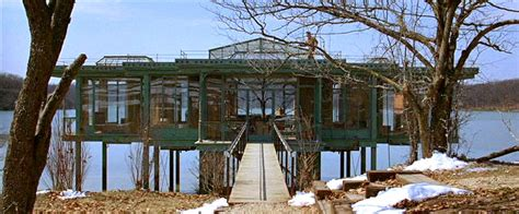 the lake house movie how they built a glass house for quot the lake house quot movie