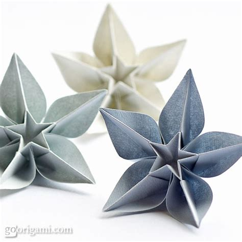 Complex Origami Flower - 17 best ideas about origami on paper