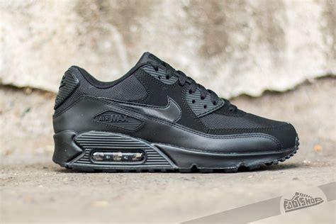 Nike Air Max 90 Essential Damen by Nike Air Max 90 Essential Black Black Black Black Footshop