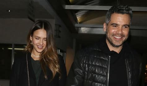Alba Date alba celebrates news with a date