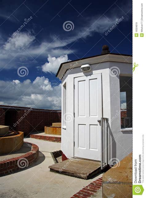 Toit Au Dessus De Porte dessus de toit image stock image du florida porte