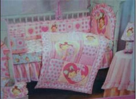 strawberry shortcake bedding for a baby nursery room