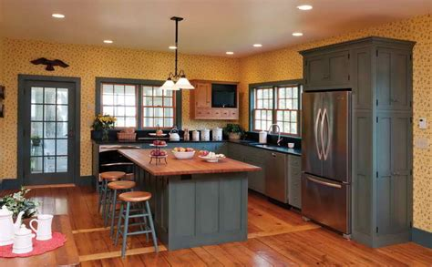 painting oak kitchen cabinets best kitchen paint colors with oak cabinets my kitchen