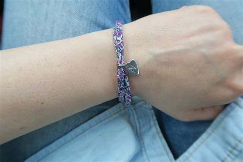 Mama Jewels Liberty London print personalised initial bracelet review and giveaway   nomipalony