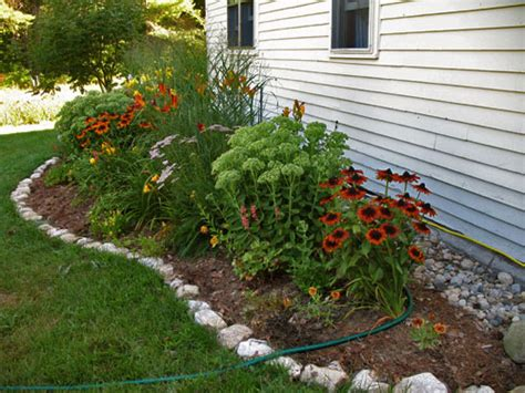 Landscaping Ideas With Rock Edging Landscaping Ideas Free Backyard Landscaping Ideas
