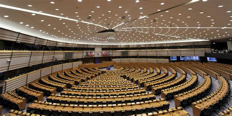 parlamento europeo sedi perch 233 il parlamento europeo ha tre sedi