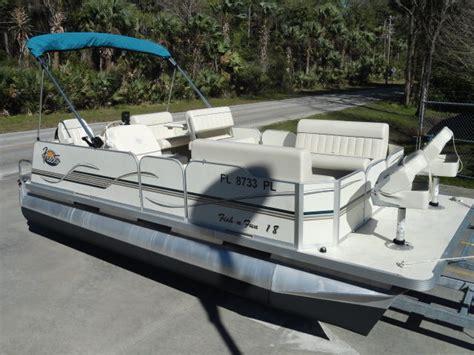 fish n fun pontoon boats 71 hours 2013 fiesta fish n fun 18 pontoon boat w 60 hp
