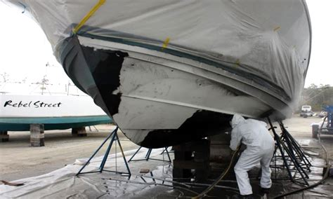 marine boat service hull cleaning service anti fouling paint removal