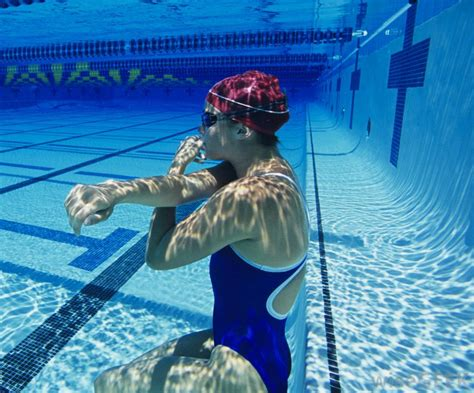 schwimmbad blackout what are the best tips for swimming underwater with