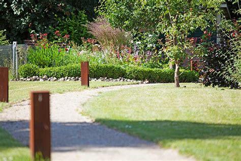 beleuchtung gartenweg rollrasen fertigrasen plath gartenbau landschaftsbau