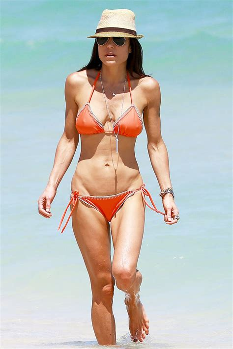 celebrity bethenny frankel bethenny frankel in bikini at a beach in miami