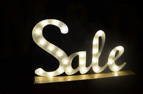 light up sale sign 2ft x 5ft white with fairground bulbs