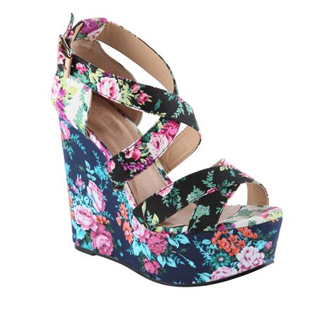 item of the day aldo rinks floral wedge m l t s magazine