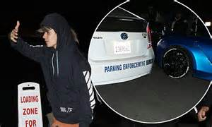 justin bieber imagines car accident justin bieber gets ticketed in his blue ferrari for making