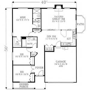 1400 square feet 3 bedrooms 2 batrooms 2 parking space