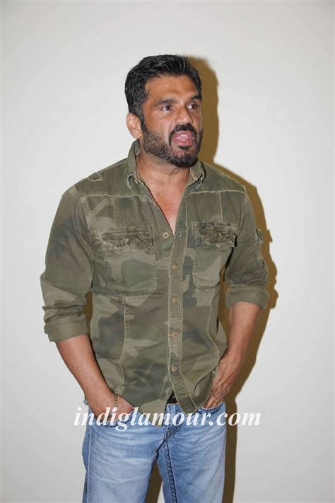 actor photo sunil shetty actor photos sunil shetty latest stills