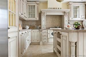 Antiques traditional and vintage kitchen on pinterest
