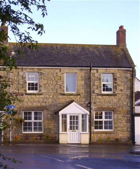 house hotel seahouses bed and breakfast seahouses megstone house northumberland