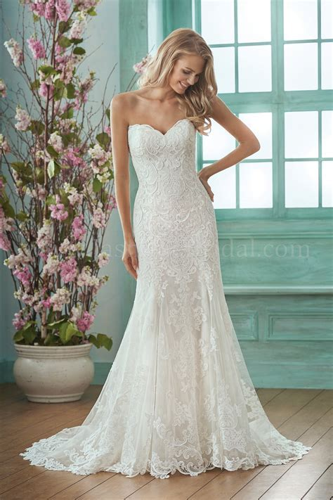 F201017 Sweetheart Strapless Embroidered Lace & Silky