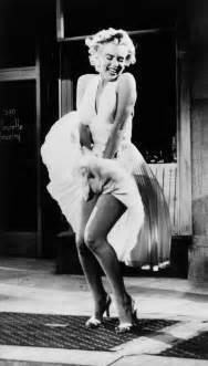 Batman Queen Comforter American Masters 2012 Season Marilyn Monroe Sill Life
