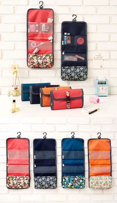 Hanging Toiletries Bag Organizer Lebih Besar Dr Travel Berkualitas our calypso stripe hanging toiletry organizer is a beautiful option for travel but can easily