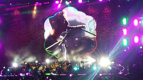 coldplay oh i oh i coldplay in nice chris martin fans