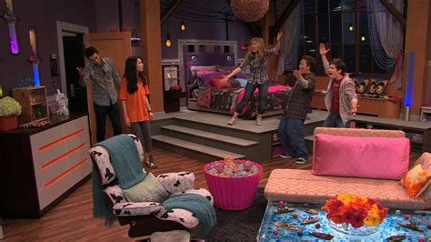 carly s bedroom icarly 4x01 igot a hot room icarly image 21399807