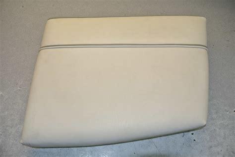 maxum boat cushions 1995 maxum boat vinyl seat cushion starboard side green