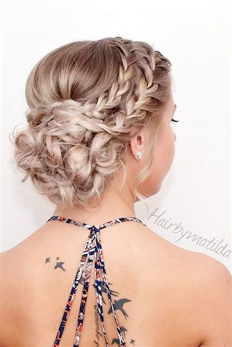 homecoming hairstyles 24 stunning prom hairstyles for long hair for 2018 bun