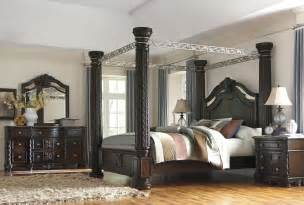 poster bedroom sets with canopy laddenfield poster canopy bedroom set b717 50 51 62 72 99