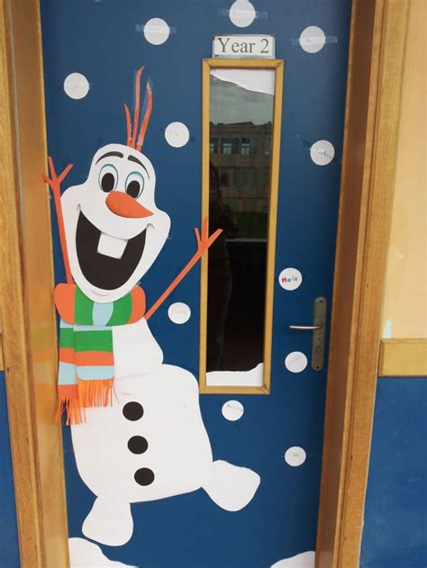 christmas doors in schools best 25 classroom door ideas on classroom decor