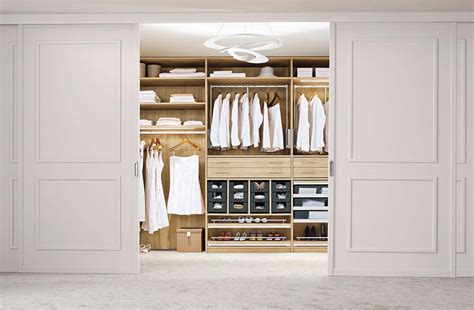 kleiderschrank einrichten ordnung im kleiderschrank 15 tipps sch 214 ner wohnen