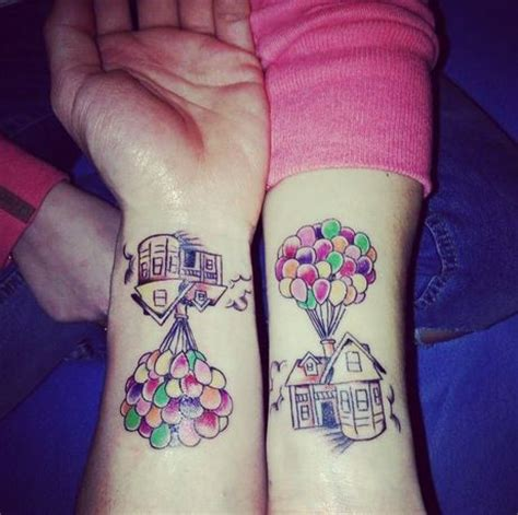 tattoo couple disney tatouage couples disney 21 photos qui vous feront r 234 ver