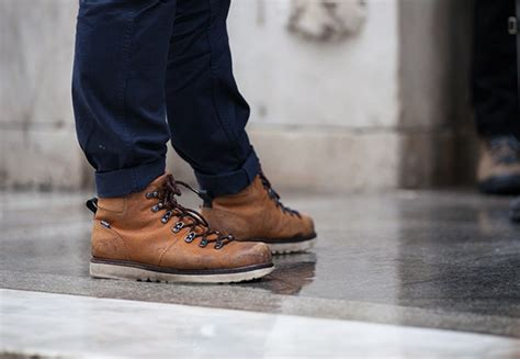 mens winter boots nyc style the best snow fighting boots in new york