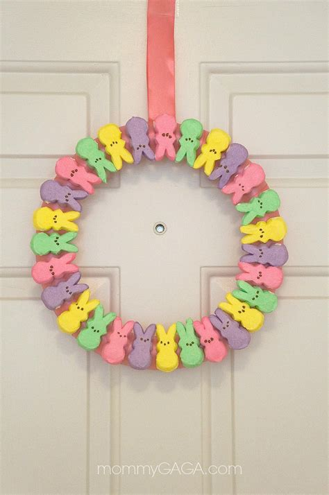 this diy easter peeps wreath is the cutest spring wreath i