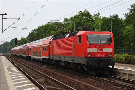 Berlin Zoologischer Garten Nach Potsdam by Hier 143 812 6 Mit Einem Re1 Re18004 Quot Baumbl 252 Ten Express
