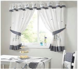 sposoby na wykonanie praktycznej i funkcjonalnej ozdoby 25 best ideas about kitchen curtains on pinterest