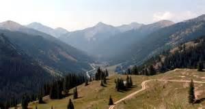 Looking down the million dollar highway towards silverton colorado