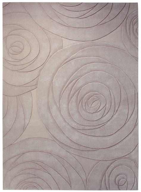 tapis carre salon design carving gris de la collection