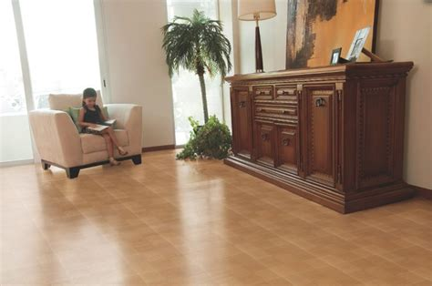 carolina flooring falls of neuse piso madera con acabado brillante de porcelanite madera