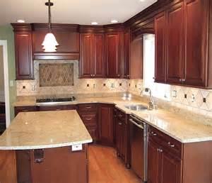 Traditional small kitchen cabinets design ideas decobizz com