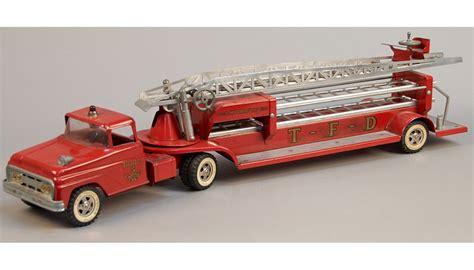 vintage tonka fire truck tonka fire department aerial ladder truck vintage metal