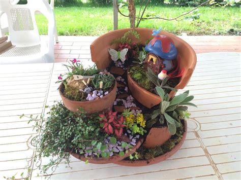 vaso rotto oltre 20 migliori idee su vaso rotto da giardino su