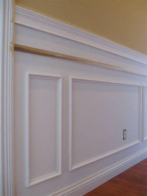 Styles Of Wainscoting by Diy Wainscoting Simple And Inexpensive With Resources For