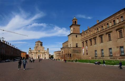 a carpi panoramio photo of carpi piazza martiri