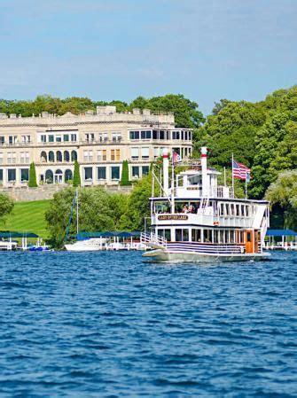lake geneva postal boat tour explore lake geneva wisconsin wisconsin travel lake